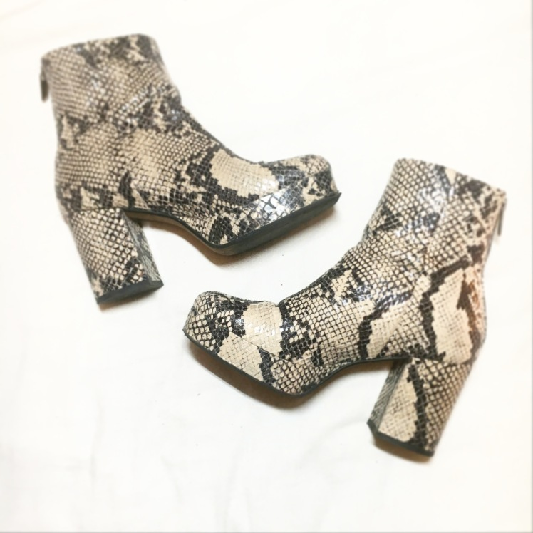 topshop-70s-snakeskin-boots
